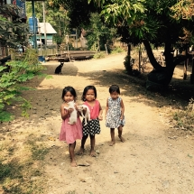 Kids Hang Khone