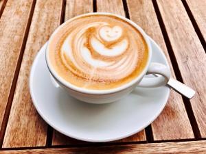 Flat White im Feel Good Cafe